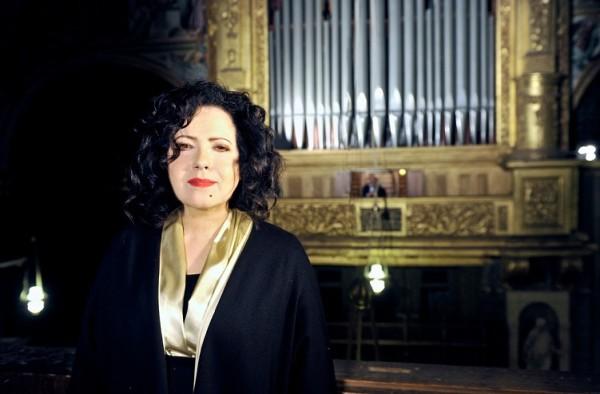 Antonella Ruggiero 2015 in the cathedral of Cremona